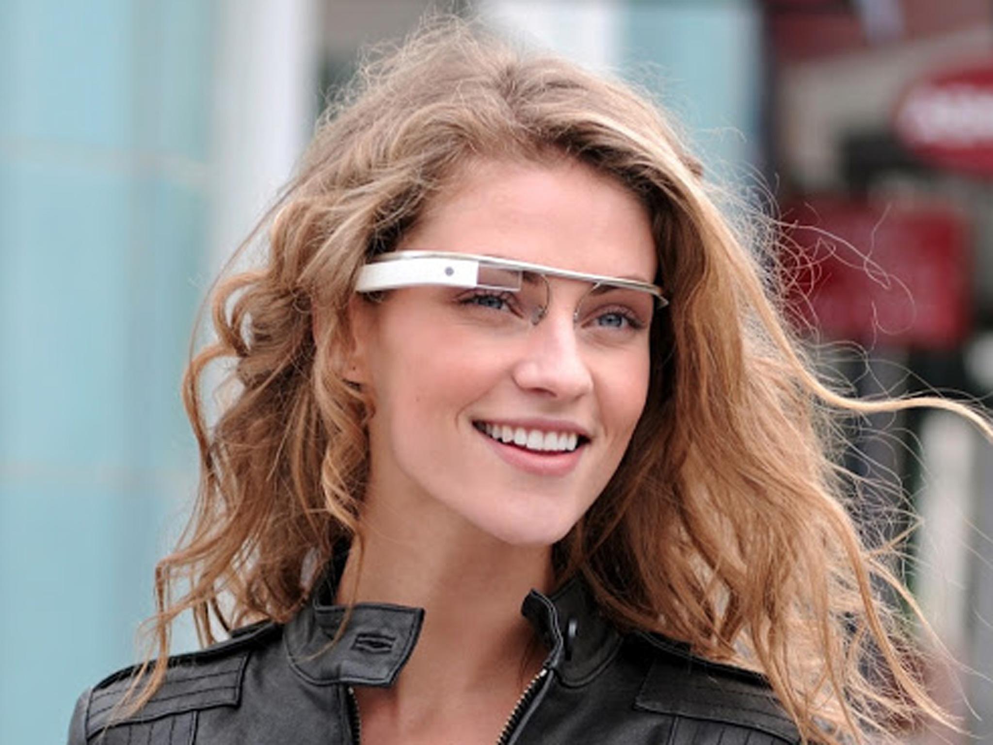 Beautiful Model Introducing Black Google glass