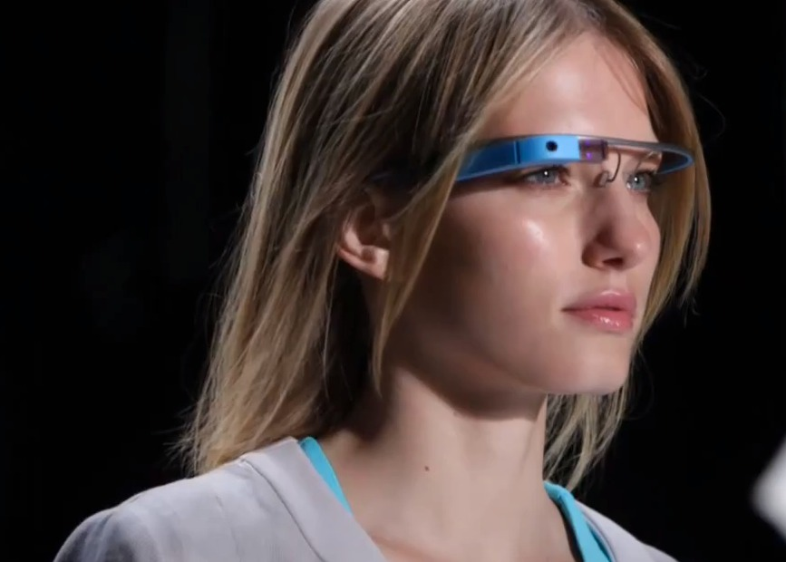 Model Introducing Blue Google Glass - Google glass Photos Collection