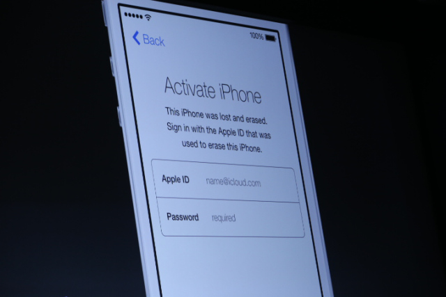 New activation feature in iOS 7