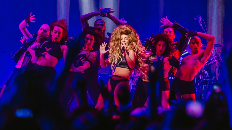Lady Gaga opens iTunes festival last night